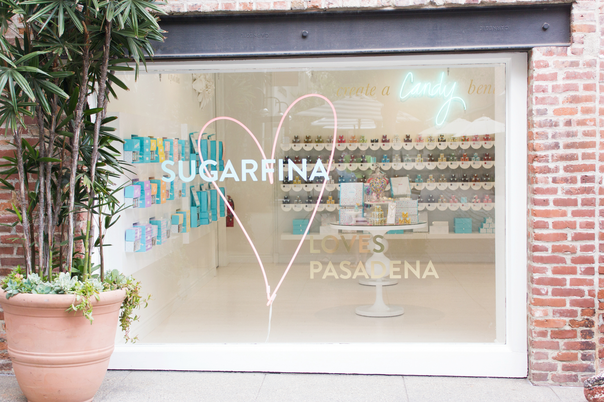 Sugarfina-loves-Pasadena