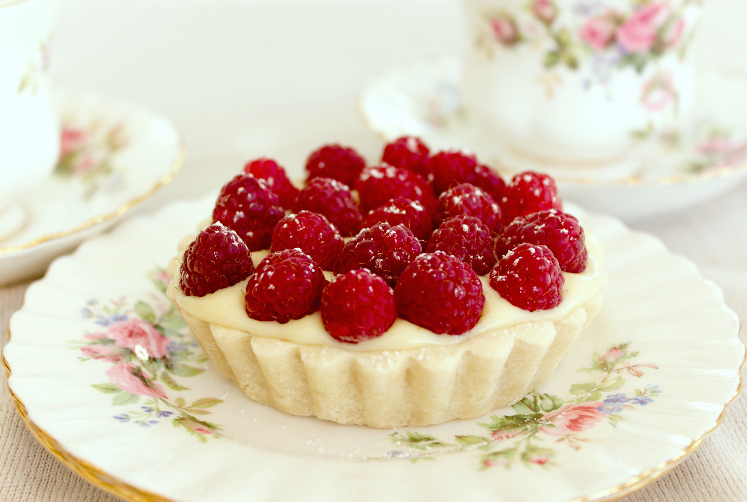 Miette Pastry Cream and Fresh Raspberry Tartlet