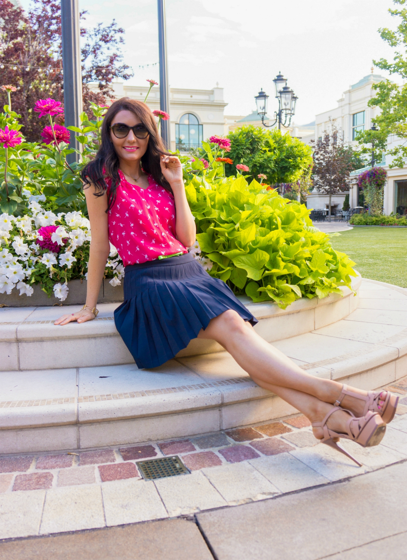 The Sugared Lemon Elle  flamingo summer outfit