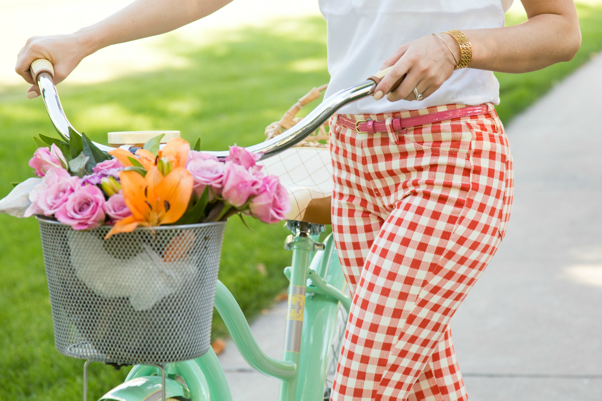 The Sugared Lemon flowers, bicycle, and gingham