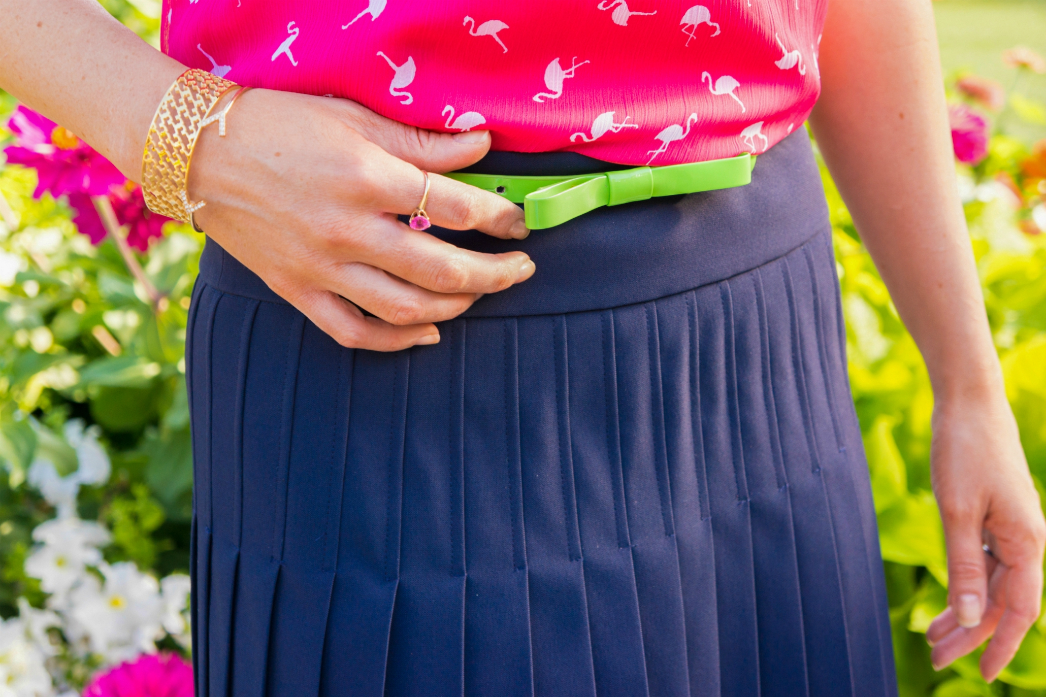 The Sugared Lemon summer time preppy pink flamingo outfit and pleated skirt