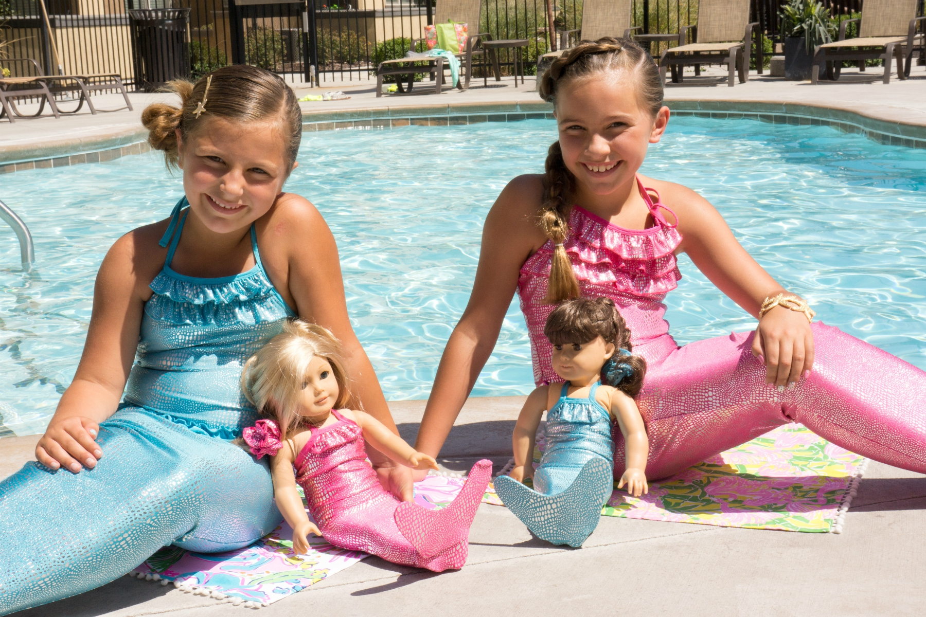 Shimmer Tail Mermaid outfits
