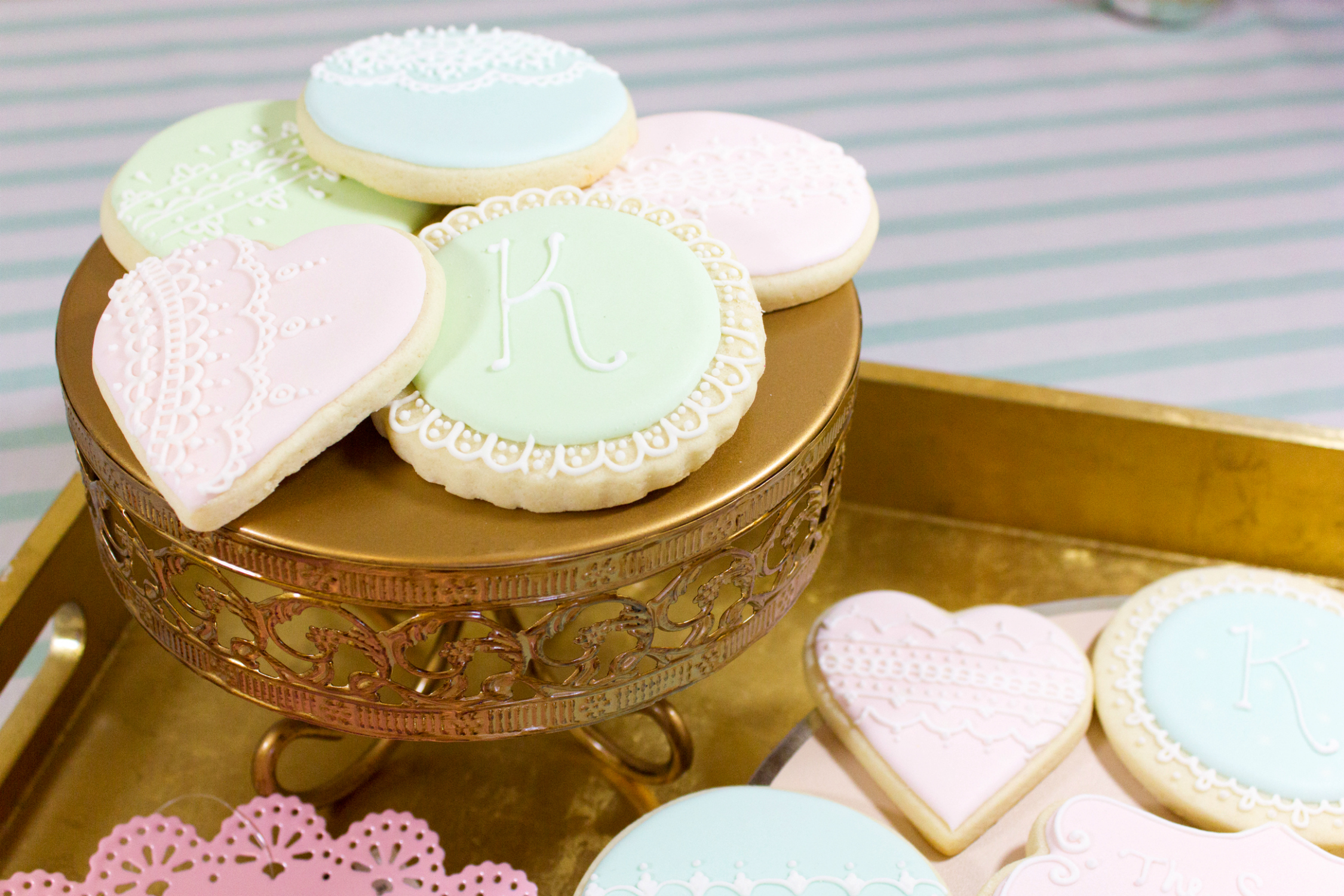 Fancy monogram Laduree inspired cookies