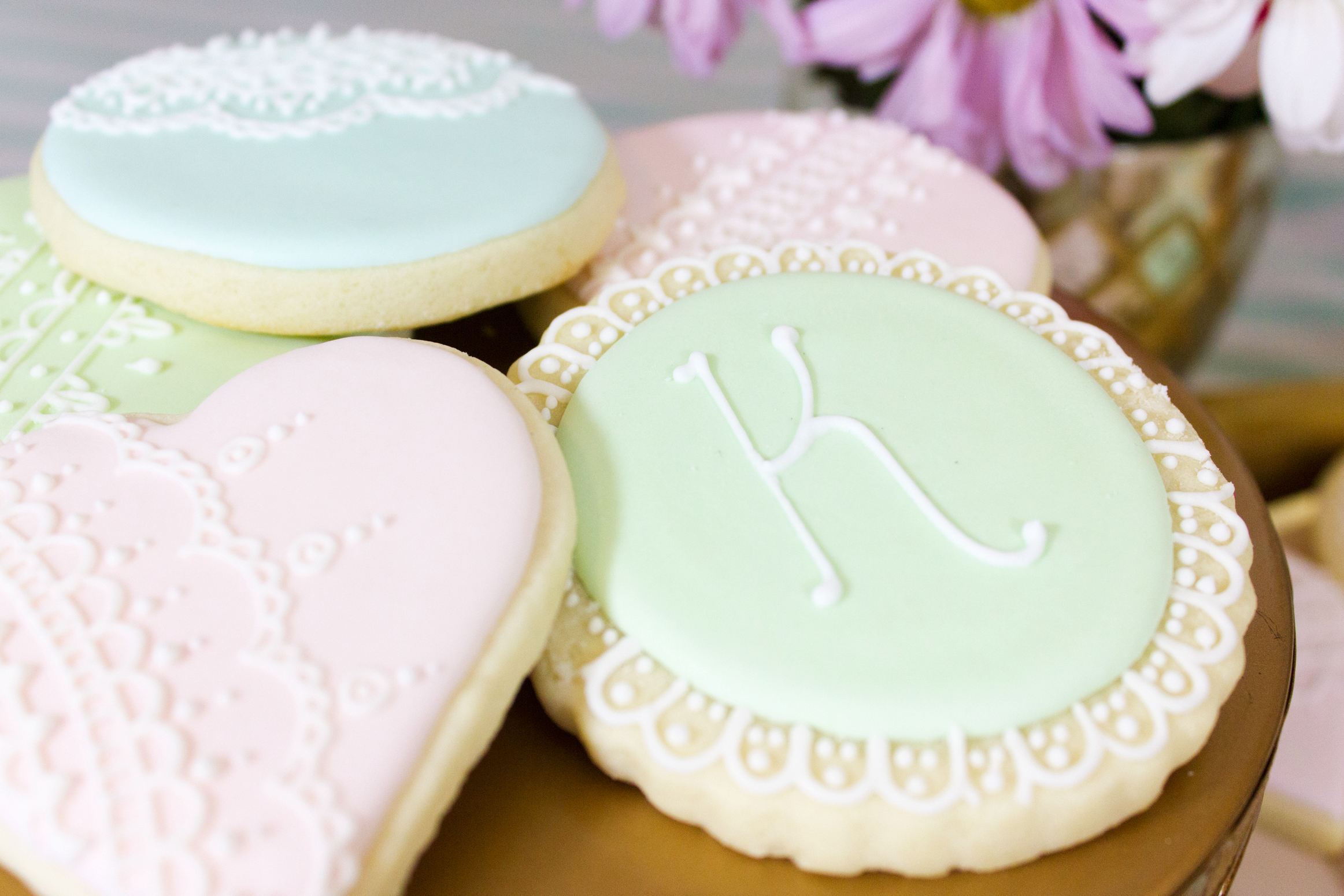 Fancy monogram cookies by Cookies start with C
