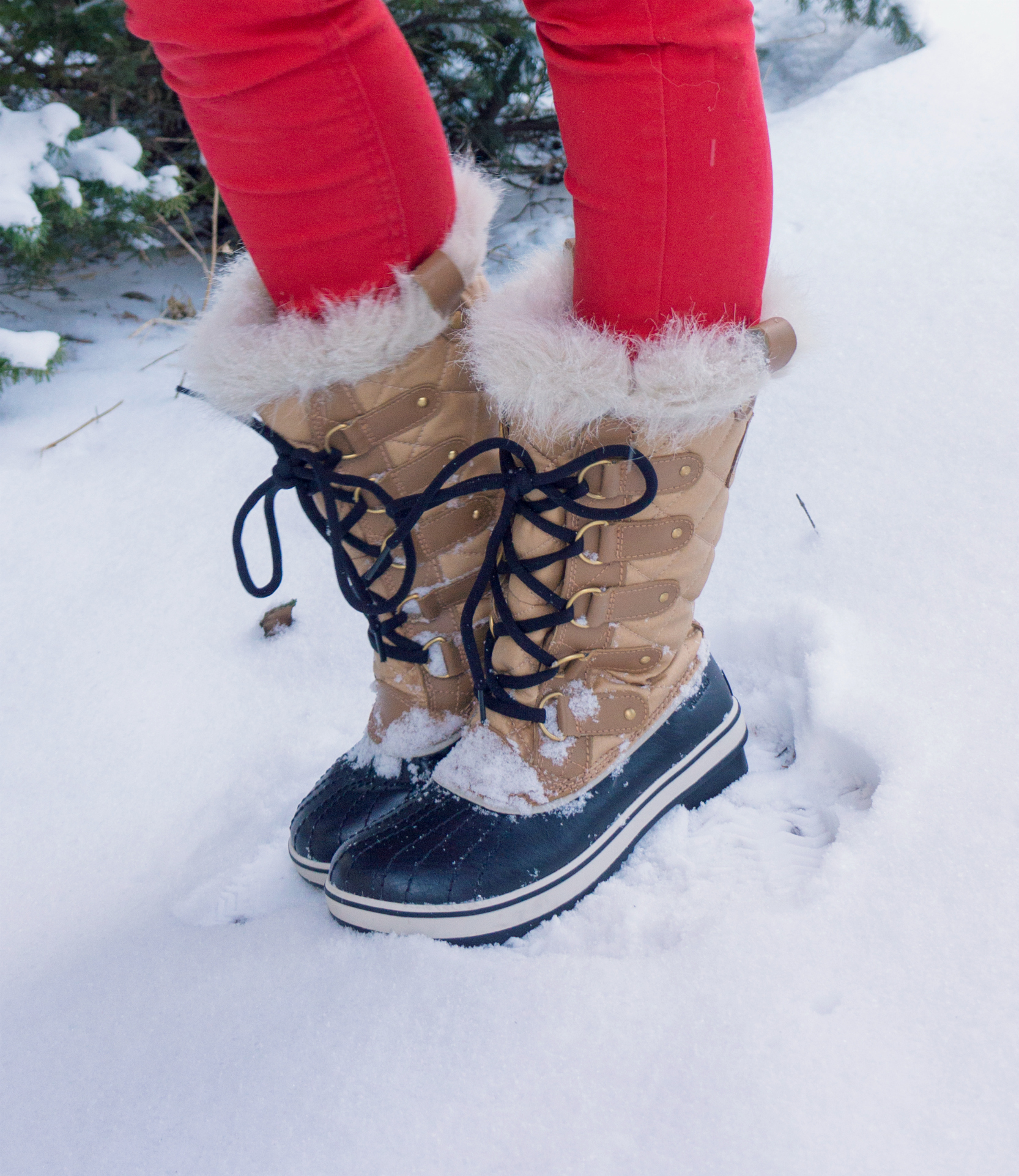 Winter fashion tofino Sorel boots