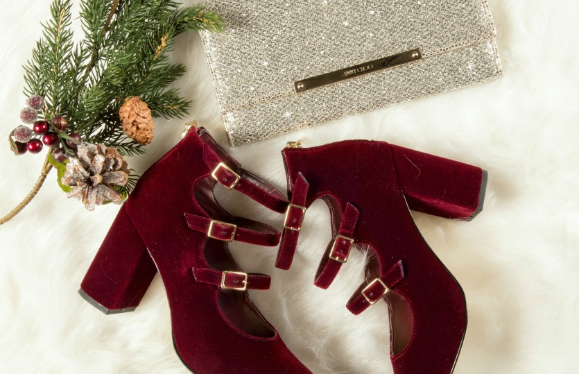 Get The Look: Holiday Beauty and Accessories 2016
