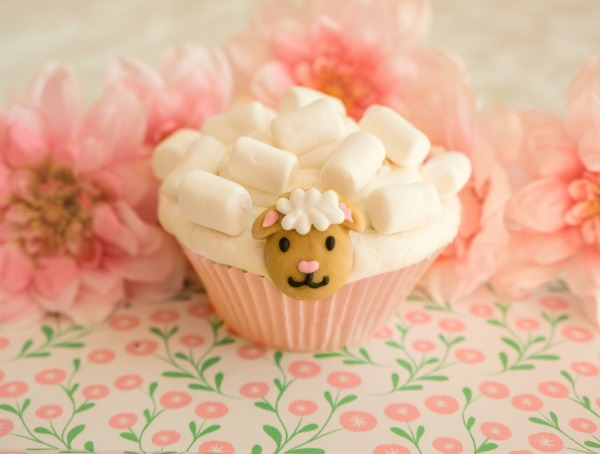 lamb-cupcake-6666