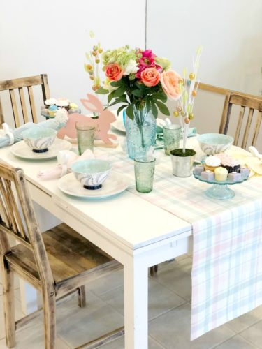 Cute Easter Table Settings and Decorations