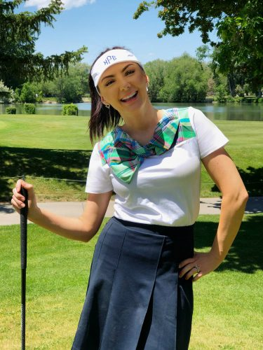 Cute and preppy ladies golf outfit